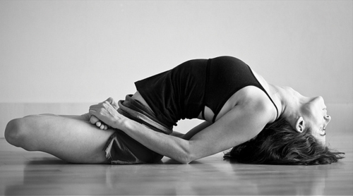 Le 5 migliori pose di Yoga da eseguire regolarmente per tonificare i muscoli e perdere peso